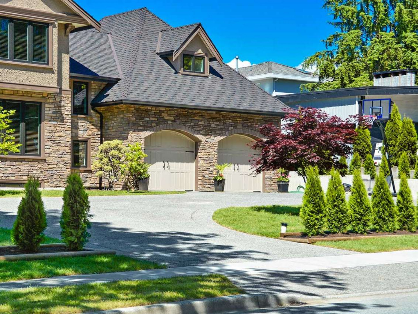 Get a driveway that fits your home or business